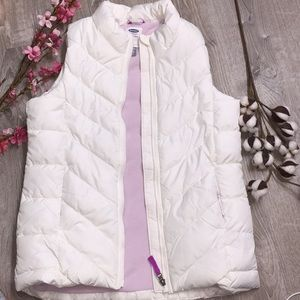 White puffer vest size XXL